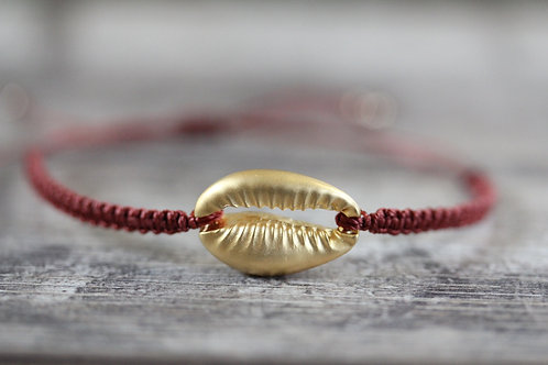 Cowrie shell Bracelet in Burnt Orange