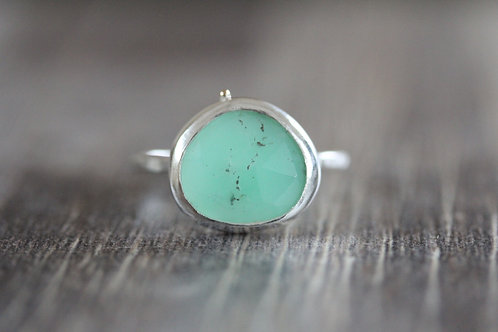Grains Chrysoprase Ring