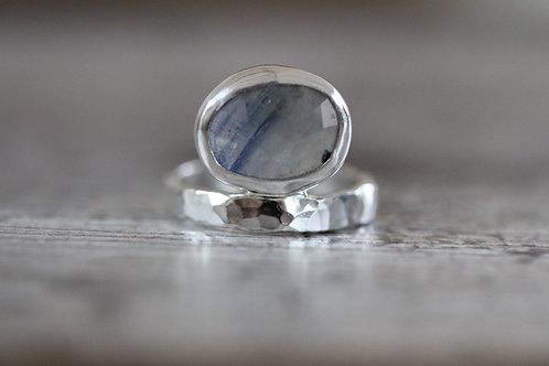 Balance Sapphire Ring