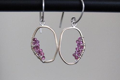Echo Gold Earrings with garnet clusters