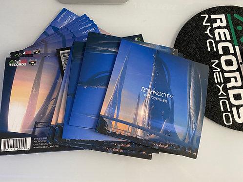 "Retrosynther - Technocity -7"" black vinyl"