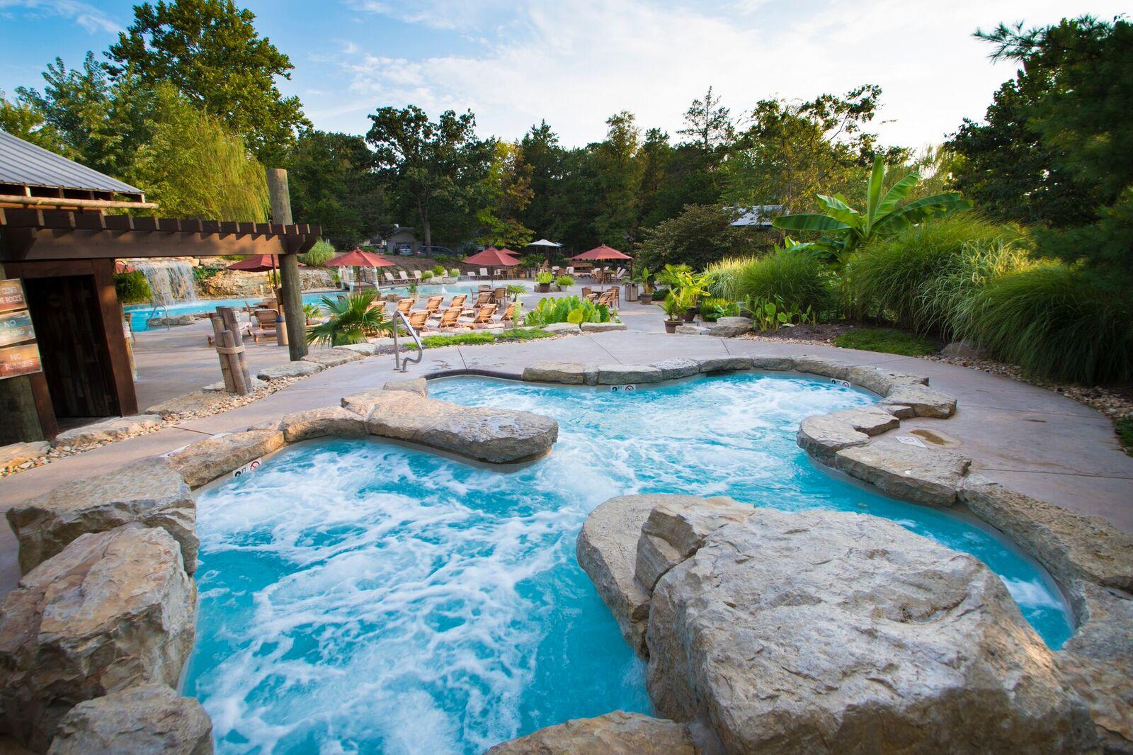 Oasis Pool Hot Tub