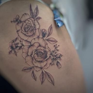 Floral - Le Spilla Tattoo - Cotia Granja Viana SP