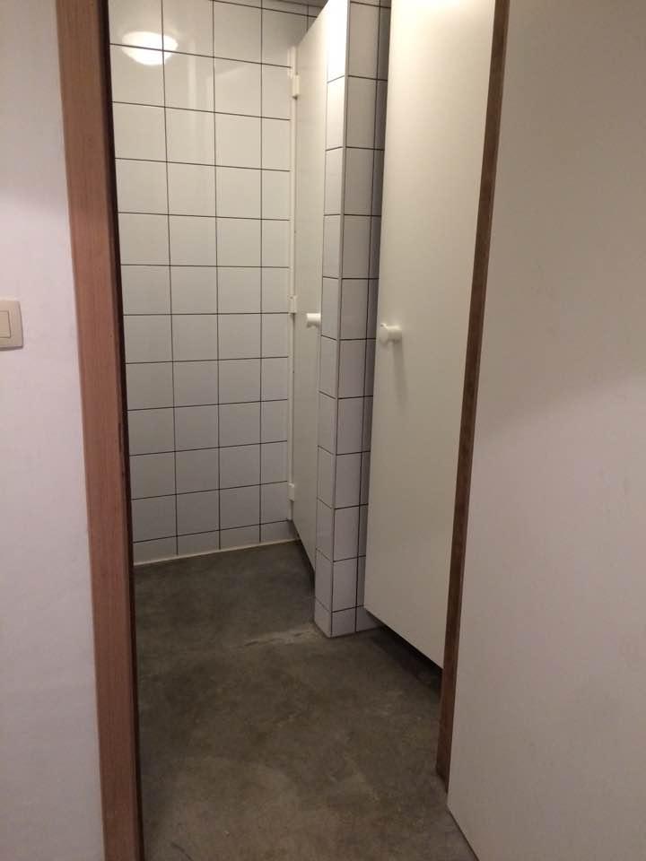 Gemeenschappelijke douches