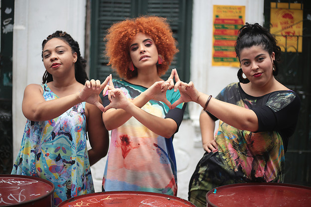 Fashion Design: Karol Farias Foto: Rayana Azevêdo Modelos: Luise Reis, Giedre Assis, Moara Rocha