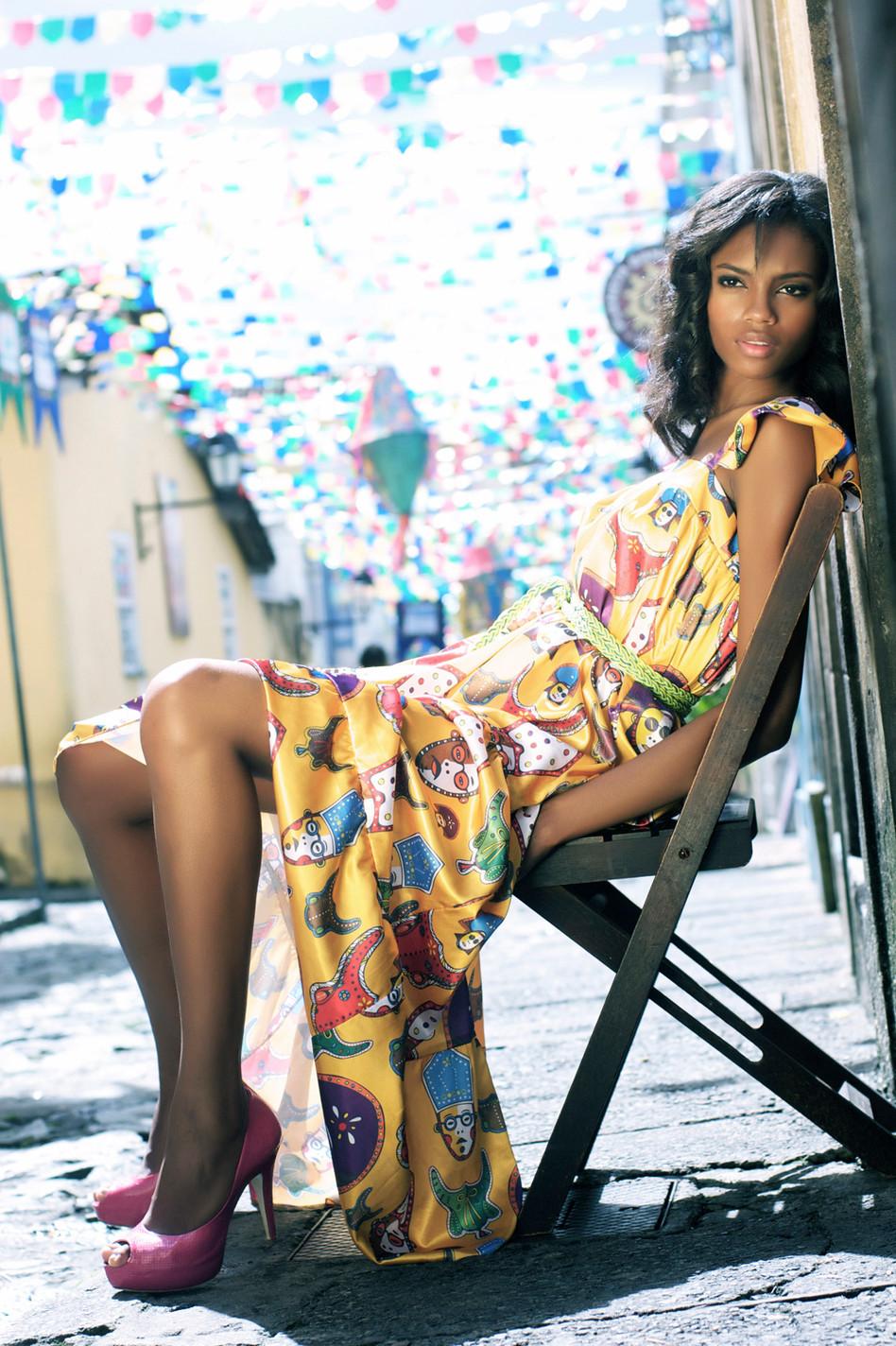 Fashion Design: Karol Farias Foto: Lucia Viana Modelo: Elen Santiago