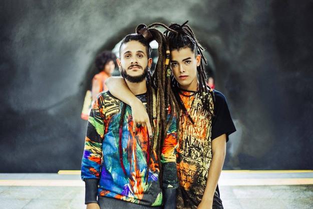Fashion Design: Karol Farias Styling: Daniel Silva  Foto: Estúdio Eban  Modelos: Ingrid Ellen, Vitor Argolo y Faster Santos