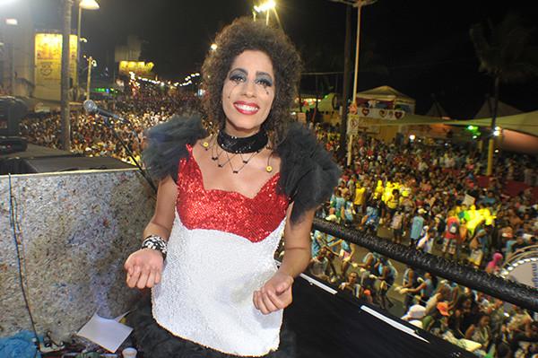 Vestuario de carnaval creado para la cantante Márcia Castro.