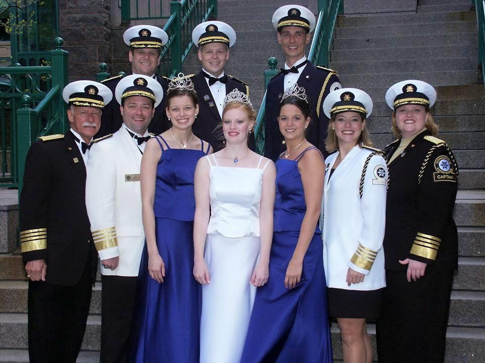 2002 Aquatennial Ambassador Crew