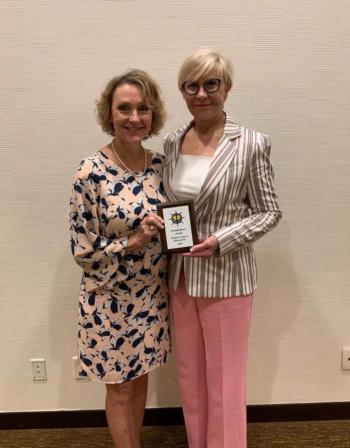 The Woman's Club of Minneapolis with the Commodore's Award