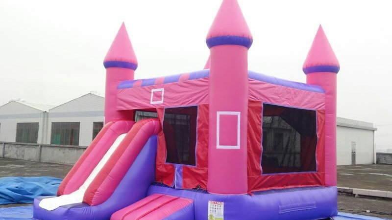 Inflatable jumping castle combo