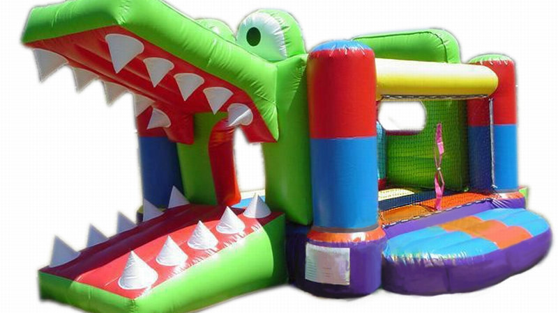 Crocodile jumping castle