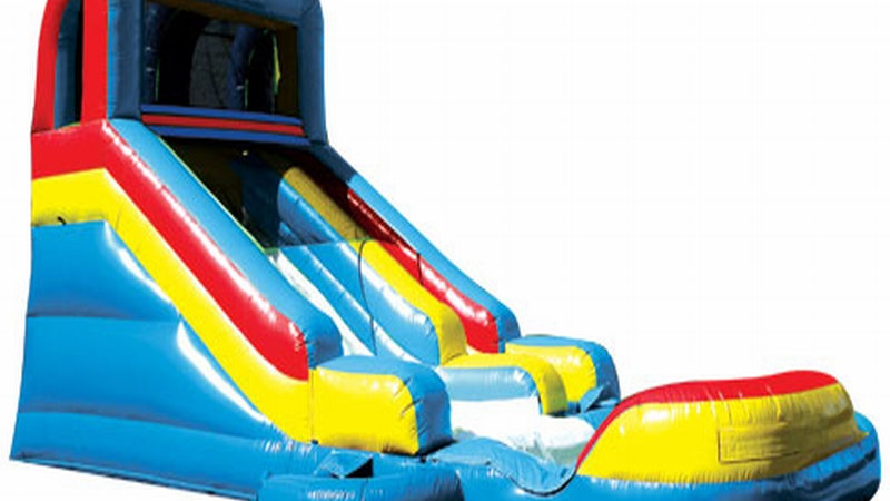 Detachable Pool With Slide