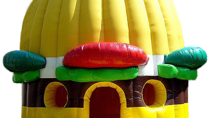 Inflatable burger bounce house