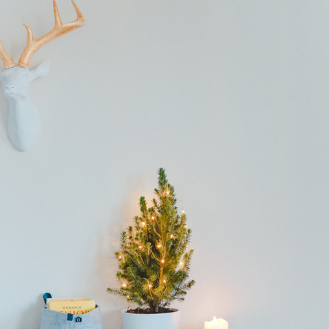 How to Decorate a Small Space for the Holiday