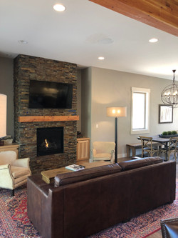 "gas fire place and 55"" tv"