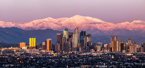2560px-Los_Angeles_with_Mount_Baldy.jpg