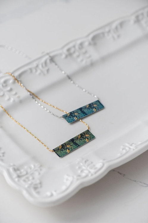 Goldfinch Bar Necklace