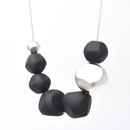 Soothing Pebbles Necklace