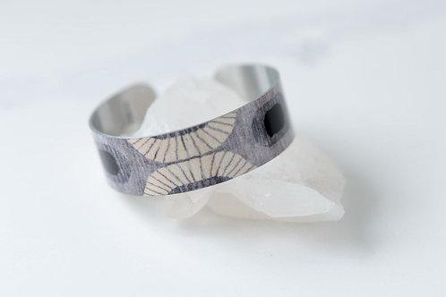 Dorion Grey Small Cuff