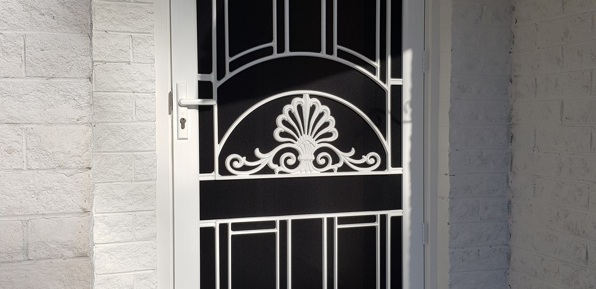 Colonial Casting Hinged Door