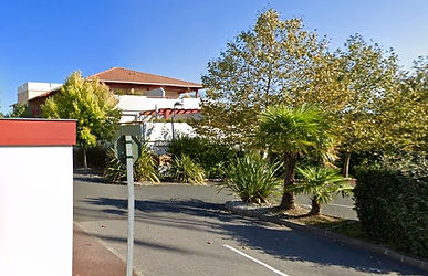 T1 bis avec parking, cave et terrasse