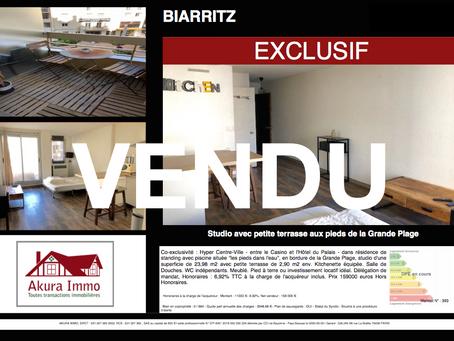 VENDU Studio avec petite terrasse au bord de la Grande Plage à BIARRITZ
