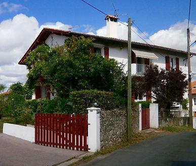 Grand T4 dans maison basque des années 20