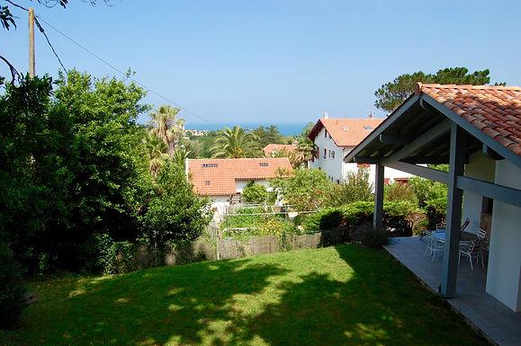 Villa balnéaire de plain-pied avec T2 et Garage