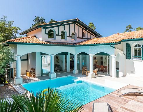 Superbe Villa balnéaire d'architecte avec piscine