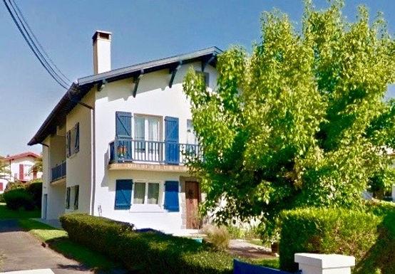 """T4 """"Comme une Maison"""" avec jardinet et Garage"""