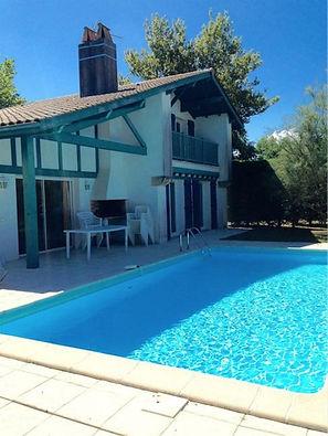 Villa balnéaire avec piscine