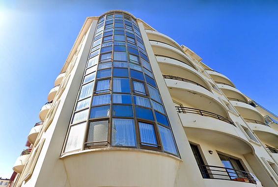 Vaste et beau T2 avec balcon
