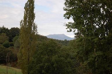 Terrain à deux pas du Bourg