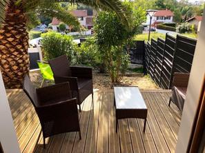 A VENDRE Jolie Maison mitoyenne avec garage à BIARRITZ Sabaou 682500 €
