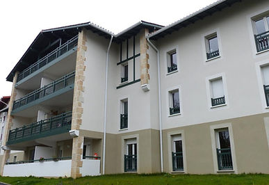 T3 récent avec terrasse dans petite résidence BBC