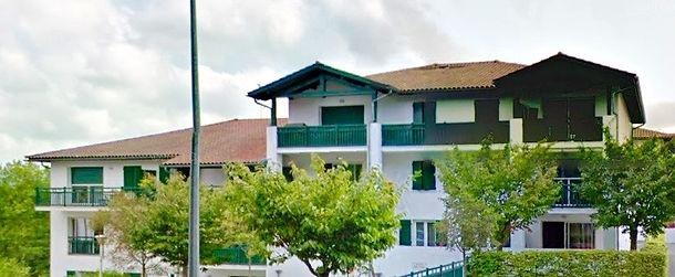 T4 avec terrasse, cave et 2 parkings