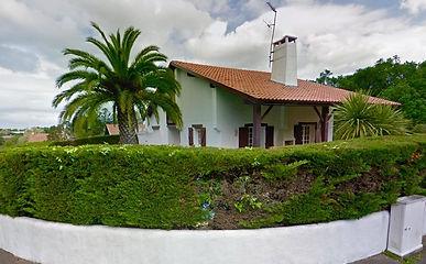 Villa balnéaire avec piscine et garage
