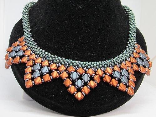 Silky Star Necklace