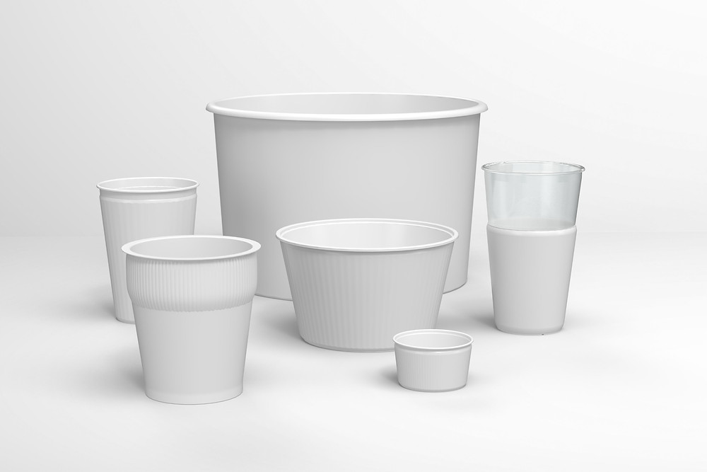 Picture showing EcoCore applications including noodle pots, to-go drink cups, bowls and pails