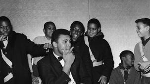 Ali & fans