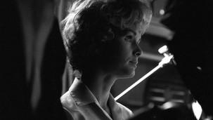 Debbie Reynolds on set