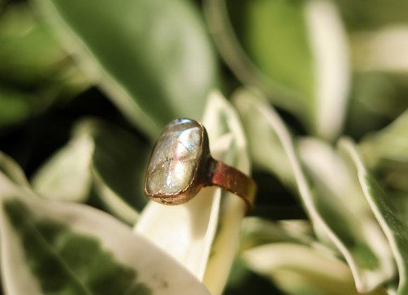 Size 8.5 Labradorite Ring