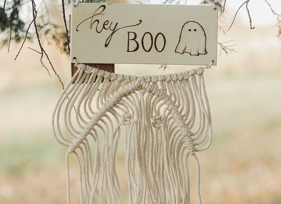 'Hey Boo' Macrame Ghost Wall Art