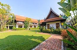 bungalow thai bord de plage