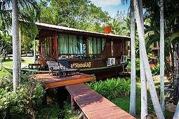 hotel atypique thailande forme bateau