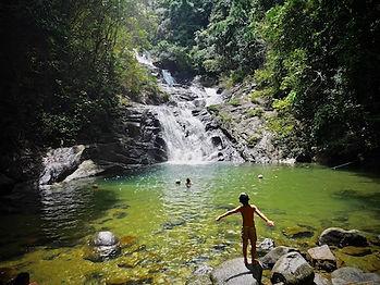 cascade dans le sud de la thailande
