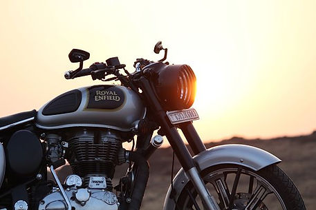 royal-enfield-2972008_1280_opt.jpg