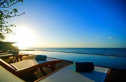 hotel vue mer avec piscine phuket