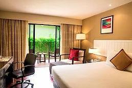 hôtel Phuket surin beach sud thaïlande